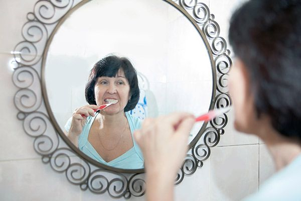 Oral hygiene habits for elderly patients